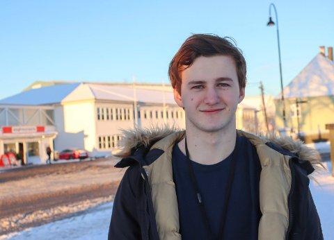 GODT I GANG: Vebjørn Førre Knutsen har de siste fem månedene jobbet som lærling hos Aibel.