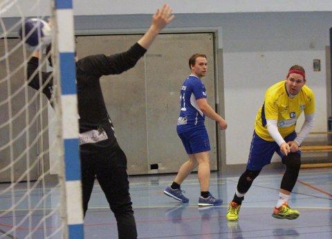 Håndball. herrer. SIL - Følling 36-33. Vegard Hansen scorer.