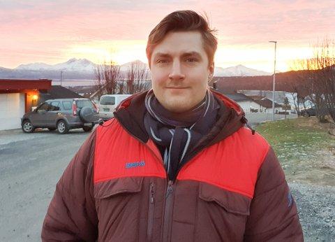 STUDENT: Vegard Kongsbak fra Hammerfest er foreslått som SVs toppkandidat til stortingsvalget. Han startet sist høst på et treårig studium i Tromsø, men han mener det ikke er til hinder for å drive aktiv valgkamp.