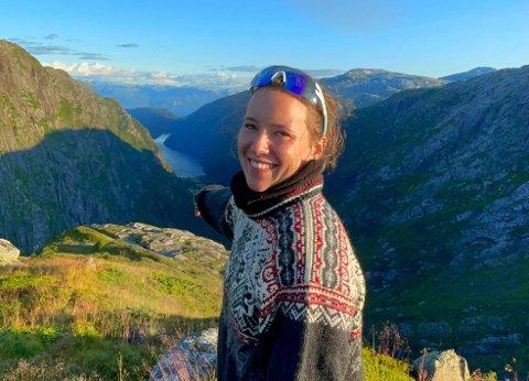 BLE SATT UT: Agnes Bersås Gjøvik fra Jessheim fikk den alvorlige diagnosen som 21-åring. Nå er det opprettet en Spleis så hun kan få stamcellebehandling i Moskva neste sommer.