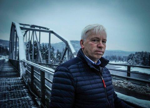 HØRER IKKE HJEMME: Ordførere Oddvar Garaas liker ikke at folk hetses etter ulvejakta.
