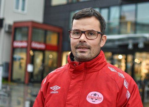 FORTJENT: - Vi gikk på et fortjent tap,  sier lagleder Eirik Marthinussen i Knausen.