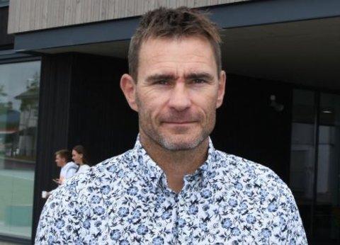 SKIFTER SKOLE: Trond Jørgensen har i mange år vært ansatt ved Vest-Lofoten videregående skole, både som avdelingsleder på idrettsfag og som studieleder. Fra 1. november starter han som rektor for en ny videregående skole som er under etablering på Vestvågøy.