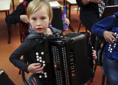 Solist: Aila Othilie Grieg er bare åtte år og skal være en av solistene.