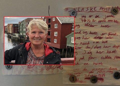 FLASKEPOST: Mona Gustavsen fant nylig en 17 år gammel flaskepost i Vansjø.