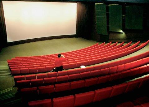 PÅ BESØK: Biblioteket og kinoen i Tromsø går sammen om arrangement i storsalen fredag. På besøk kommer Frode Berg, aktuell med ny bok ført i pennen av Morten Jentoft.