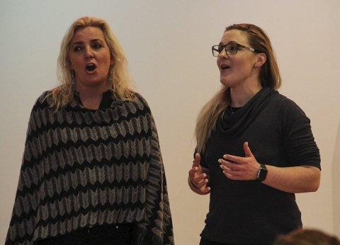 Totentoner: Anne Johansen (t.v.) og Ida Marie Ringerud får mye ut av den svenske musikalslageren «Mio min Mio».