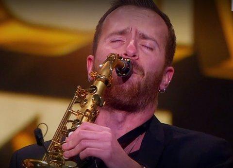 VIDERE: Bjørn Robert Grimsrud og saksofonen er videre i Norske Talenter