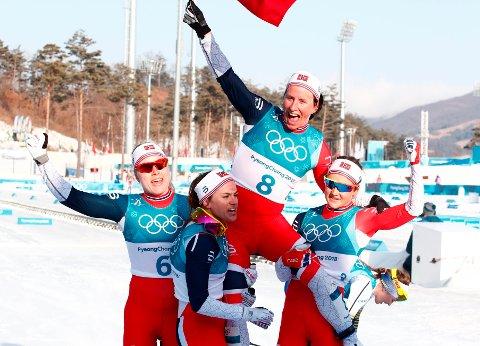 GODE SAMMEN: Marit Bjørgen har gjort stor suksess som individuell utøver, men har samtidig vært opptatt av lagbygging på landslaget. (Arkivbilde)
