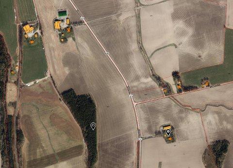 Dispensasjon: Kommunen har godkjent at gårdstunet på landbrukseiendommen (14/1) i Kåenveien kan fradeles og selges.
