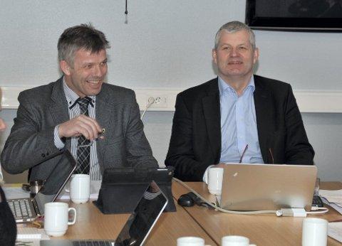 stram styring: Ordfører Bjørnar Skjæran og rådmann Karl-Anton Swensen i Lurøy er enige om at stram økonomisk styring og eiendomsskatt har gitt kommunen handlerom til å investere mye.