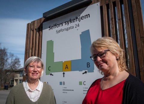 Avtroppende og påtroppende fagsjef, Marit Sviggum og Anne-Lise Solberg, har begge lang fartstid i helsesektoren. Gjennom jobbene sine har de stått på for å fronte heltidsstillinger i helsesektoren.