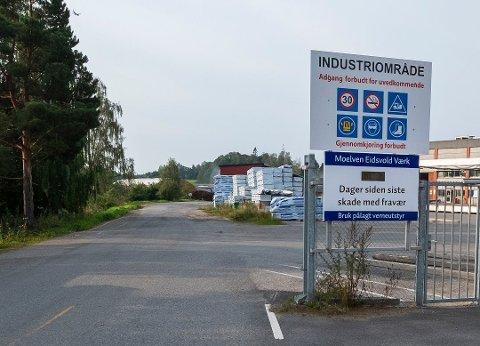 BLIR LAGT NED: Det er kroken på døra for Moelven Eidsvold Værk AS. 60 ansatte mister jobben.