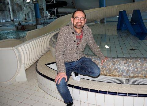 BADESJEF: Lars Gomnes fra Hole har ledet Ringeriksbadet i to måneder.