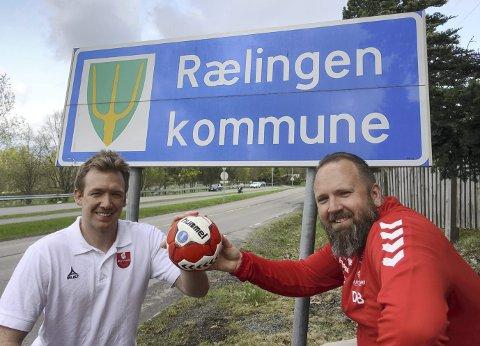 Skal samarbeide: Alexander Linløkken Pettersen (t.v.) i Nit-Hak og Rælingen-trener Daniel Birkelund. Foto: Svein H. Strømberg