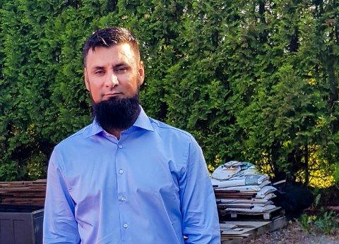Imran Khan er takknemlig for at politiet sendte en patrulje som passet på fredagsbønnen etter det høyreekstremistiske terrorangrepet på New Zealand.