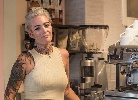 TØFF TID: Jannike Nessestrand møtte veggen og måtte slutte å jobbe. No er ho frisk og skal opne dørene til KaffeTelegrafen att.