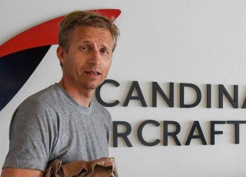 TROR PÅ LØSNING: Sondre Vassbotten tror småaksjonærene i da sier ja og dermed sikrer jobben hans som pilot som han har vært de siste 15 årene i selskapet.