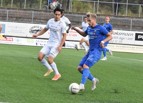 INGEN KAMP: Det blir ingen kamp på Kristian Eggen Kjeverud og de andre NFK-spillere mot Fram fredag. Også neste helgs kamp mot Asker henger i en tynn tråd.