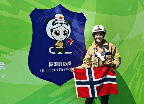 VERDENS BESTE: For andre gang vant May Tømmervold konkurransen «Ultimate Firefighter», denne gang i Chengdu i Kina.