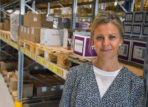 KOORDINATOR: Monica Skjellen-Larsen jobber til vanlig som leder for tverrsektorielt samarbeid i Vestre Toten kommune. Nå står hun for å koordinere alle møter og treffpunkter mellom instansene som jobber med barn og unge i kommunen.