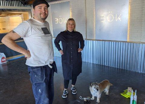 MILJØVENNLIG RADARPAR: Medeier i Bök, Ken Johnsen, med samboer og salgs- og markedssjef Kirsten Nystad.