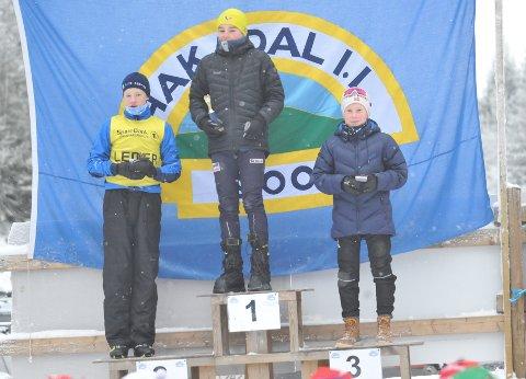 FIKK LEDERTRØYA: Selv om det ble 2. plass i cuprennet lørdag fikk Benjamin Røssum Jensen ledertrøya i regionscupen. Og søndag vant han rennet på hjemmebane.