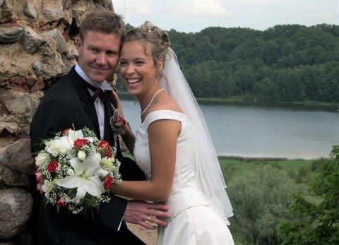 Traff hverandre i Norge: Magne og Ave Mølster giftet seg i 2004, snaut et år etter de traff hverandre. Tre barn har kommet på rad og rekke.