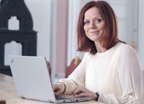 MIDLERTIDIG: – Ti prosent kan virke som lite, men i den pressede situasjonen vi er i når, ser vi oss nødt til å bruke fastlegeressursene på egne innbyggere, sier kommunedirektør Kjersti Forbord Jensås.