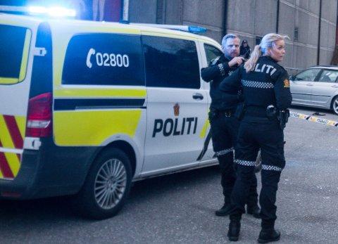 POLITIET: Det er flere patruljer på plass i Lyngdal for å få kontroll over situasjonen., her innsatsleder Tom Einar Gausdal.