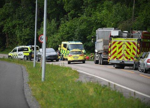 ALVORLIG: En ung mc-fører er fraktet til sykehus etter ulykken onsdag formiddag.