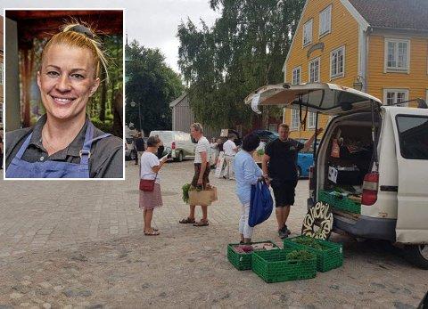Elisabth Groth (innfelt) håper Fredrikstad-folk kjenner sin besøkelsestid når reko-ringen igjen har utlevering på torget i Gamlebyen torsdag 17. september.