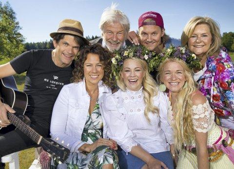 På TV: Hver uke er Elisabeth å se på TV sammen med denne gjengen i «Hver gang vi møtes». Foto: TV2