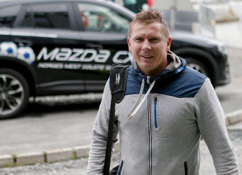 MØTTE GYTKJÆR: Jostein Grindhaug var i møte med Frederik Gytkjær onsdag.