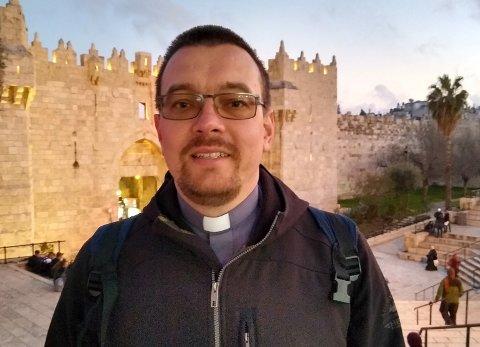 IT-PREST: Michael Hoffmann er presten som tar med sosiale medier og IT-løsninger inn i kirken.