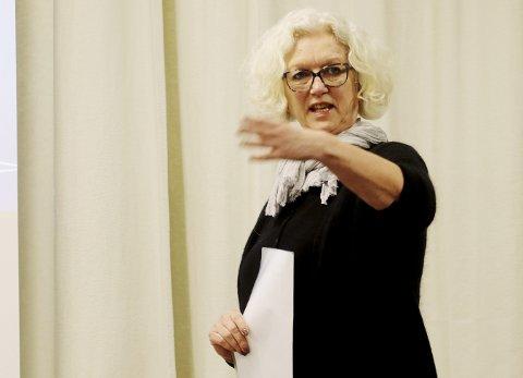 Svarer fra kommunen: Fungerende kommunalsjef for Helse og velferd, Mona Pettersen, svarer på generelt grunnlag fra helsetjenesten i Holmestrand kommune etter at «Olaug-saken» fra Sundbyfoss har blitt publisert på nett og i avis. Foto: Pål Nordby