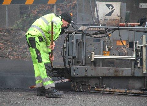 Asfaltplaner:  Sjekk om din vei får ny asfalt.arkivfoto