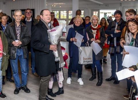 Takket: Thorvald Lund Hansen holdt en liten hilsningstale på åpningen, hvor han trakk trådene tilbake til sin oppvekst i Kragerø.