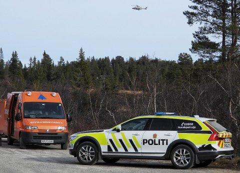 FORTSATT SAVNET: Store styrker har lett etter 69-åringen. Tirsdag har politiet et møte der det vurderes når det skal gjøres nytt søk.