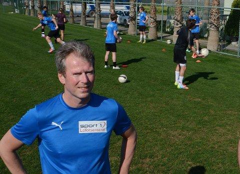 Assistenttrener Trond Harald Slydal er også skuffet over tapet.