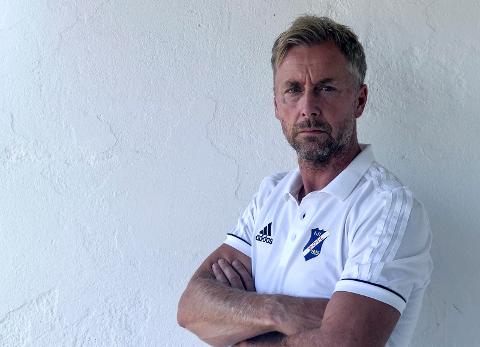 REAGERER: Stathelle-trener Robert Lien Pettersen er en av flere som reagerer på at ikke NFF har avklart hvor mange lag som rykker ned fra 2. divisjon.