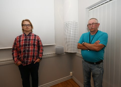 Lars Erik Kolden (IKT-ansvarlig Vågå kommune) og Egil Barhaugen (daglig leder RegionData) reagerer på at den eneksisterende IKT-linjen i regionen trolig forsvinner. De, og de andre IKT-ansvarlige i regionen, er bekymret for konsekvensene.