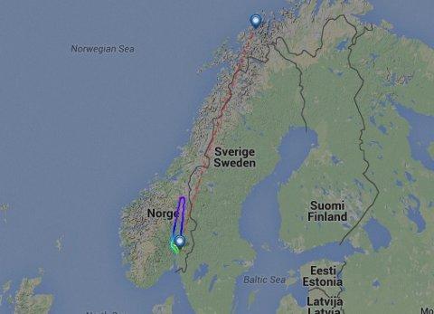 MANDAG: Mandag måtte flyet snu like nord for Røros.