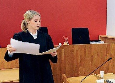 LEDER ETTERFORSKNINGEN: Politiadvokat Susanne Ihlebæk er påtalemessig ansvarlig for etterforskningen av overgrepssaken som skal ha skjedd ved en barneskole i Follo.