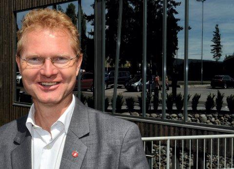 FÅR KRITIKK: Stortingsrepresentant Tor Andre Johnsen (Frp) får hard kritikk både fra jegerhold og fra politiske motstandere. (Foto: Bjørn-Frode Løvlund)