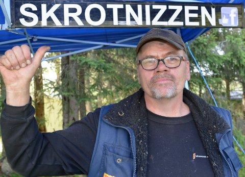 ETTERNAVNET: – Dette er ikke noe klengenavn. Det er mitt nye etternavn, sier Jonny Skrotnizzen.