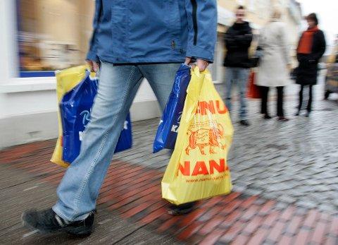 I SISTE LIT: 12 prosent av norske menn starter ikke juleshoppingen før den siste uka før jul, ifølge en undersøkelse fra SpareBank 1.