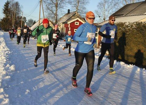 Henning jobbet hardt for å skape interesse for lange løp på 1970- tallet. I dag er han fortsatt en aktiv løper med planer om å delta på alle løp i Vinterkarusellen på Romerike. Foto: Arild Torgersen