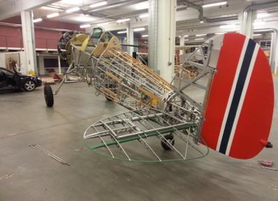 VIKTIGSTE FLY: I norsk flyhistorie er Gloster Gladiator 423 aller viktigst, og den hører hjemme på Kjeller. Nå pusses den opp i England.