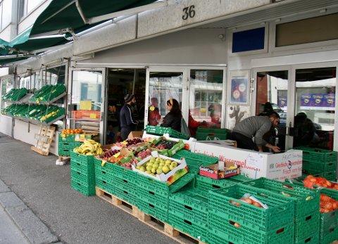 Det som het Sandnes dagligvarer AS heter nå Sandnes Mat AS. Butikken ligger i Gjesdalveien.